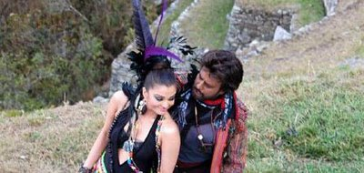 Aishwaryara in Enthiran with Rajini
