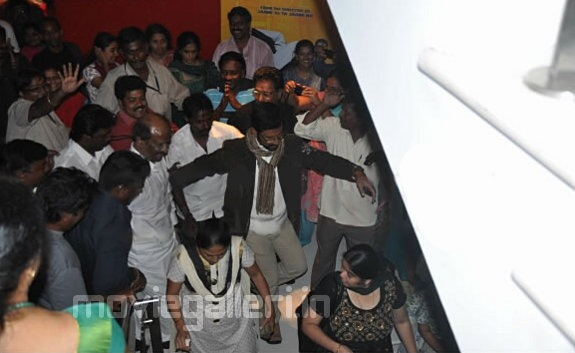 Endhiran Movie Premiere Show Stills, Photo Gallery